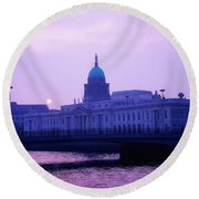 Custom House, Dublin, Co Dublin, Ireland Round Beach Towel