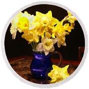 Daffodil Bouquet Round Beach Towel