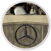 Daimler-benz A-g Hood Emblem Round Beach Towel
