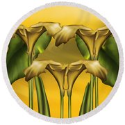 Dance Of The Yellow Calla Lilies Round Beach Towel
