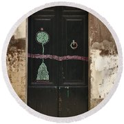 Decorated Door Round Beach Towel