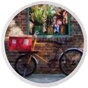 Delivery Bicycle Greenwich Village Round Beach Towel