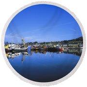 Dingle Harbour, Dingle, Co Kerry Round Beach Towel