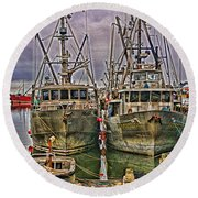 Docked Fishing Boats Hdr Round Beach Towel