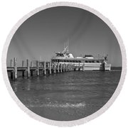 Docking For A Moment Round Beach Towel