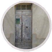 Door With Green Mailbox Round Beach Towel