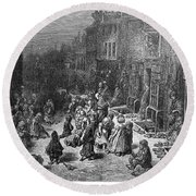 Dor�: London, 1872 Round Beach Towel
