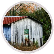 Down On The Farm - Old Shed Round Beach Towel