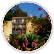 Dream Cottage In Malibu Round Beach Towel