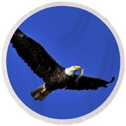 Eagle Fish In Mouth Round Beach Towel