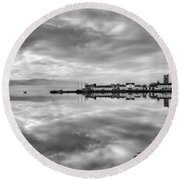 Early Morning At Inverary Black And White Version Round Beach Towel
