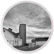 Early Morning On The Farm Bw Round Beach Towel