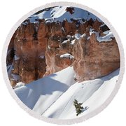 Early Morning Snow In Bryce Canyon Round Beach Towel
