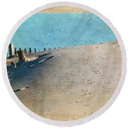 Endless Footprints Round Beach Towel