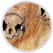 Face In The Wood Round Beach Towel