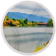 Fall Color At Sand Creek Round Beach Towel