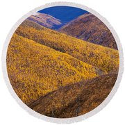 Fall Colours Along Top Of The World Round Beach Towel