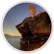 Fall Colours In The Squaw Bay Fallen Rock Round Beach Towel
