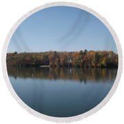 Fall On Beeds Lake Round Beach Towel
