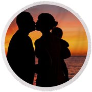 Family Silhouettes At Sunset Round Beach Towel