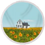 Farmhouse In A Field Of Sunflowers Round Beach Towel