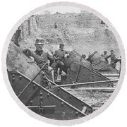 Federal Siege Guns Yorktown Virginia During The American Civil War Round Beach Towel