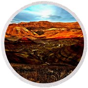 Fire In The Painted Hills Round Beach Towel