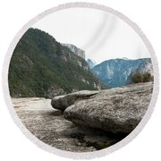 Flattop Rock Yosemite Round Beach Towel
