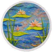Floating Lilies Round Beach Towel