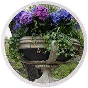 Flowerpot With Hydrangea Round Beach Towel