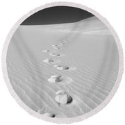 Foot Prints In White Sands 1 Round Beach Towel