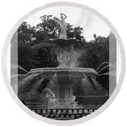 Forsyth Park Fountain - Black And White Round Beach Towel