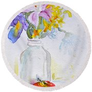 Forsythia And Ghost Daisies Round Beach Towel