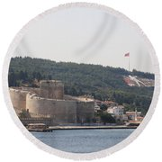 Fortress Canakkale And War Memoriel - Dardanelles Round Beach Towel