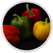 Four Peppers Round Beach Towel