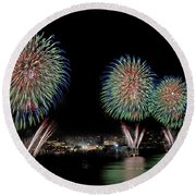 Fourt Of July In Nyc Round Beach Towel by Susan Candelario