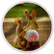 Frog Prince And Fairy Princess Round Beach Towel