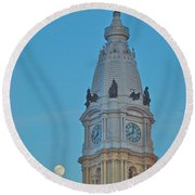 Full Moon And Billy Penn Round Beach Towel