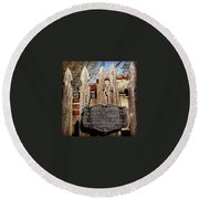 Garden In Philadelphia Round Beach Towel