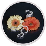 Gerberas With Pearls Round Beach Towel