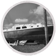 Ghost Crab Boat Round Beach Towel
