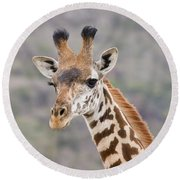 Giraffe Close-up Round Beach Towel