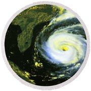 Goes 8 Satellite Image Of Hurricane Fran Round Beach Towel by Science Source
