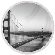 Golden Gate Black And White Round Beach Towel