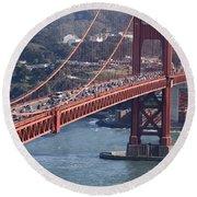 Golden Gate Traffic Round Beach Towel