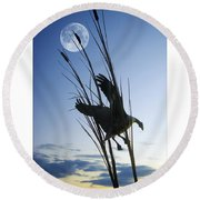 Goose At Dusk Round Beach Towel