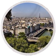 Gorgyle View Of Paris Round Beach Towel