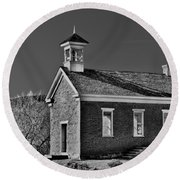 Grafton Schoolhouse - Bw Round Beach Towel
