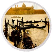 Grand Canal At Sunset - Venice Round Beach Towel