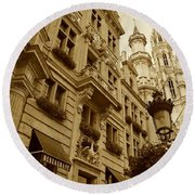 Grand Place Perspective Round Beach Towel